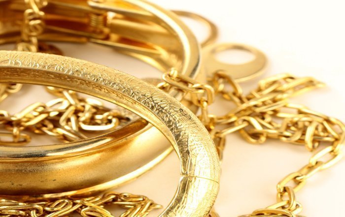 VERMILLION ENTERPRISES - BUY GOLD ONLINE – SELL GOLD ONLINE – BUY OR SELL GOLD IN STORE - we buy scrap gold jewelry, broken gold, unwanted gold, no longer worn gold, necklaces, chains, earrings, bracelets, dental gold, class rings, gold wedding bands, gold bridal sets, platinum bridal sets, silver jewelry, scrap gold - sell yours at spring hill gold and coin shop - vermillion enterprises - 5324 spring hill drive, spring Hill Fl 34606 - 352-585-9772